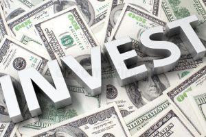 Investire in Dollari: Quando Conviene Comprare Dollari Americani?