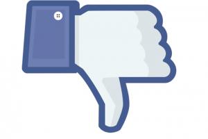 Azioni Facebook, Cosa Fare: Vendere o Comprare dopo il Crollo?