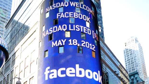 Azioni Facebook in rialzo dopo l'annuncio dei Shop Online sul Social