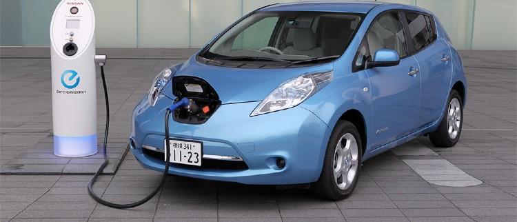 Investire in azioni di auto elettriche